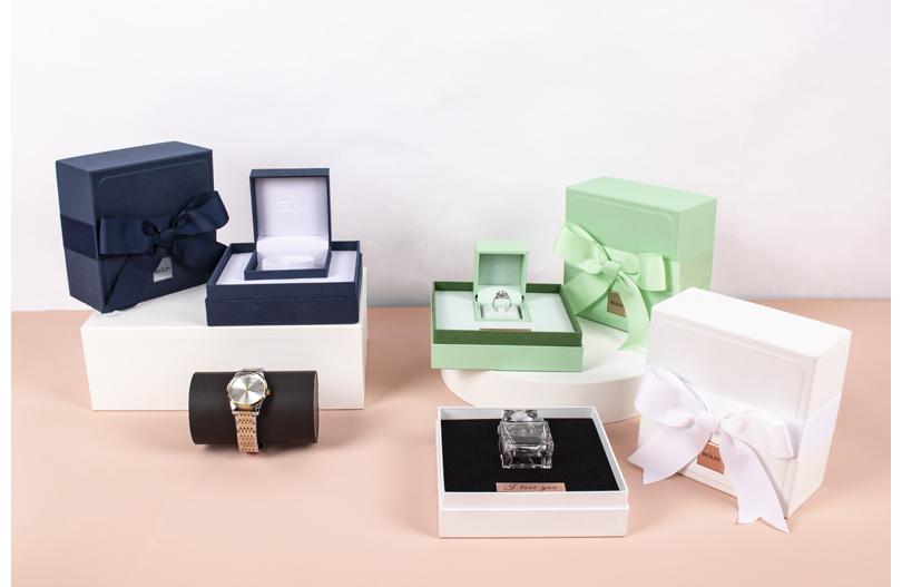 东莞市冠琳包装专业定做套盖式包装盒